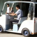 kendaraan elektrik pertama dari gaza